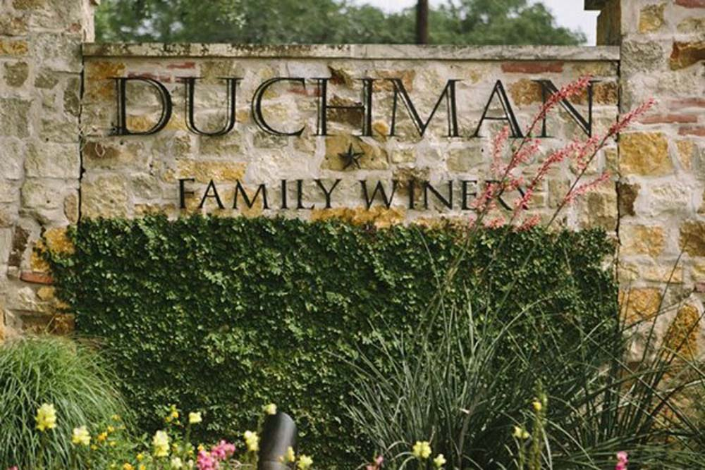 duchman-family-winery-1-11.jpg