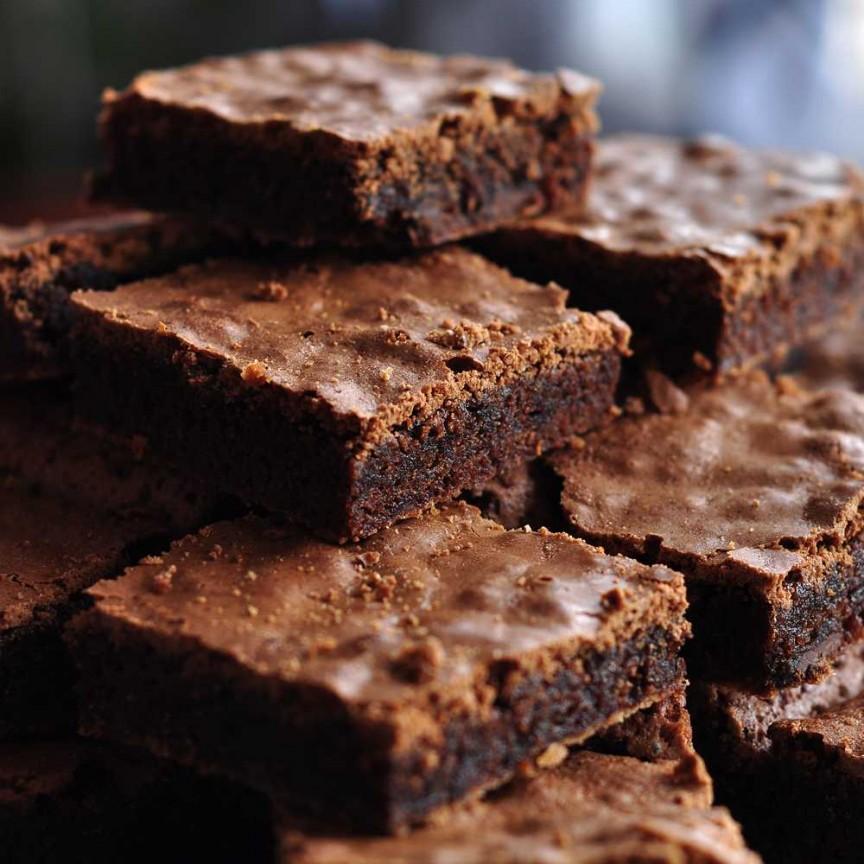 Jumbo-Fudge-Brownies.jpg