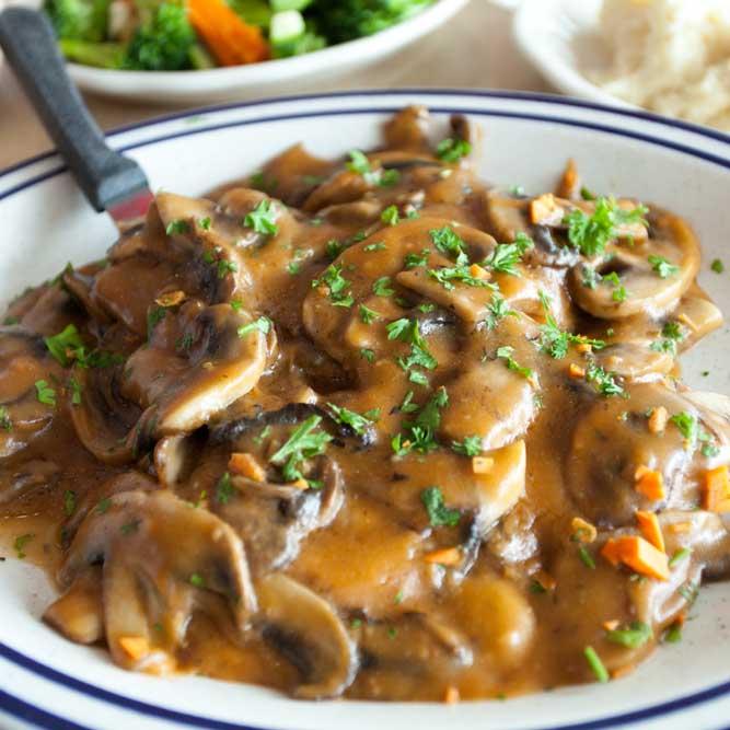 chicken-marsala-plated.jpg