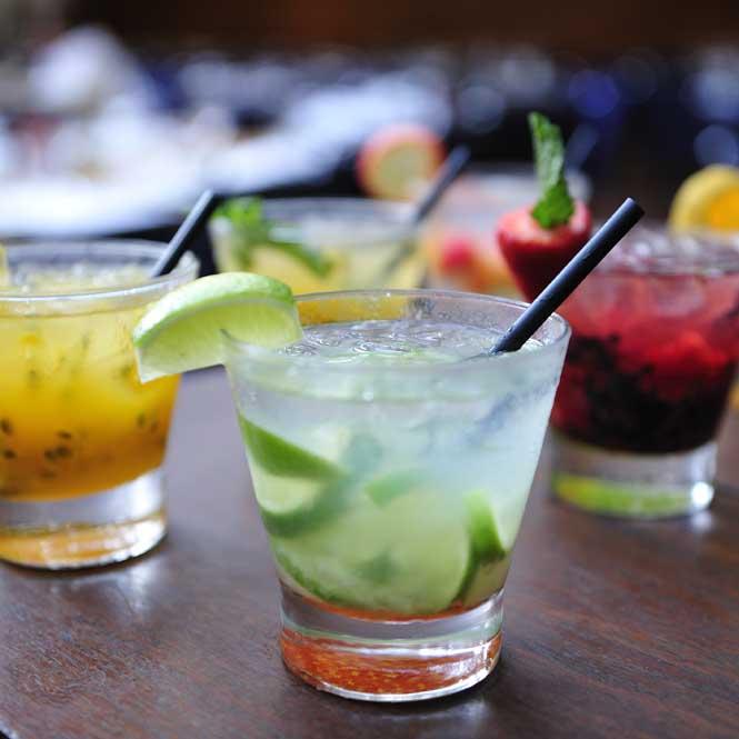 cocktails-gm-01.jpg