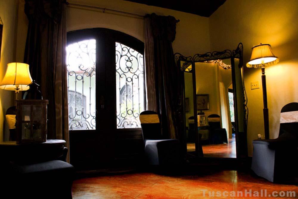 tuscan-hall-17.jpg