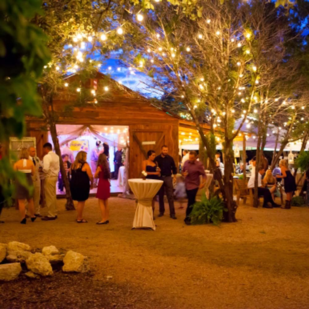 Wedding Places Austin Tx: The Wildflower Barn - Catering By Mopsie